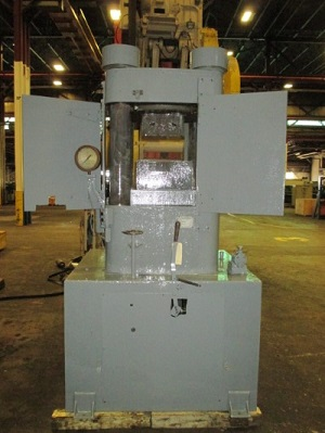 1000 TON M & N MODEL #21-1M HYDRAULIC UP-ACTING HOBBING PRESS
