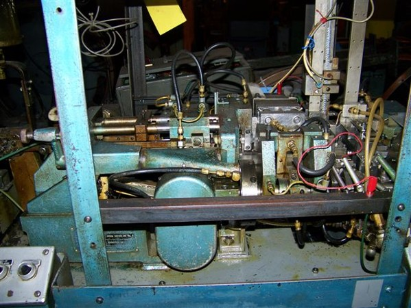 BAIRD MODEL #00 4-SLIDE WIRE FORMING MACHINE