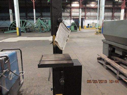 DAYTON 15 VERTICAL BAND SAW