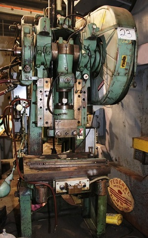 35 TON BLISS Mdl# C-35 OPEN BACK INCLINABLE PRESS