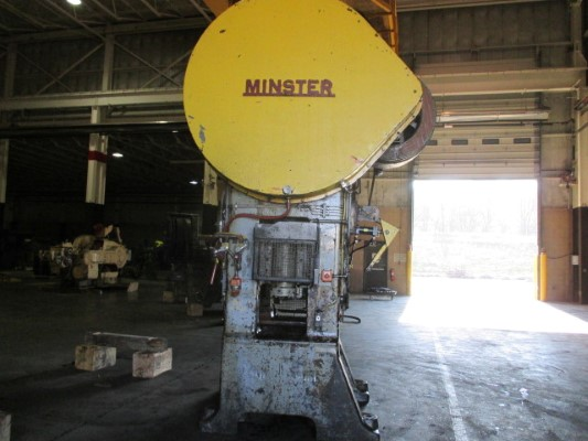 200 TON MINSTER STRAIGHT SIDE SINGLE CRANK PRESS