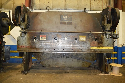 300 TON X 12' CINCINNATI SERIES 130 PRESS BRAKE