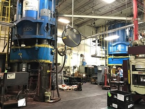 2800 Ton BLISS HYDRO-DYNAMIC DOWNACTING HYDRAULIC PRESS (2 OF 2 AVAILABLE)