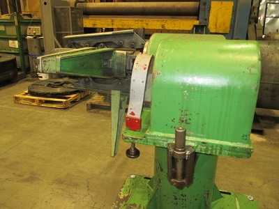 MANDREL TYPE UNCOILER