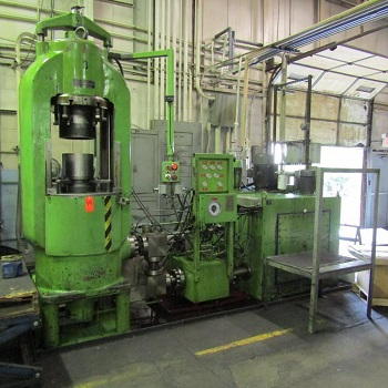 1000 TON SACK & KIESSELBACH HYDRAULIC UPACTING PRESS