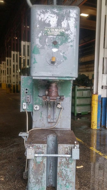 25 TON DENISON MODEL #25 HYDRAULIC MULTI-PRESS