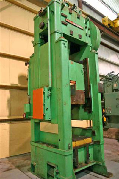 150 TON NIAGARA MODEL #SC1-150-33-42 STRAIGHT SIDE SINGLE CRANK PRESS